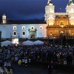 [En vivo] Imágenes de la Plaza de San Francisco en #Quito » http://t.co/S9rZhnhYIv http://t.co/TXkf2T89Xv