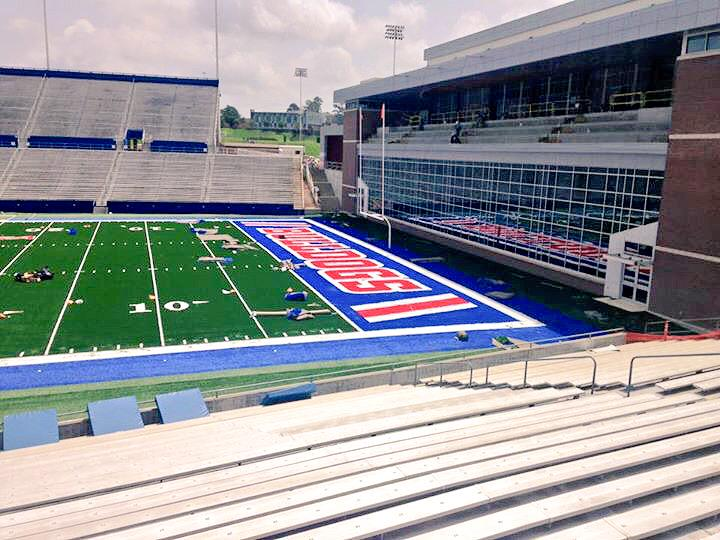 What a difference! #WeAreLATech http://t.co/2GI677D8zs