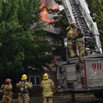 Whoa! Huge fire in #Burnaby townhouse complex of Cascade Village on Linwood Street http://t.co/hv9qsrqyKL http://t.co/AKnaXXDPle
