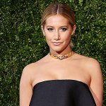 RT @people: .@ashleytisdale tells us her top 3 summer fashion trends in this closet confidential http://t.co/tka1CgkW1g http://t.co/rKk4sUc…