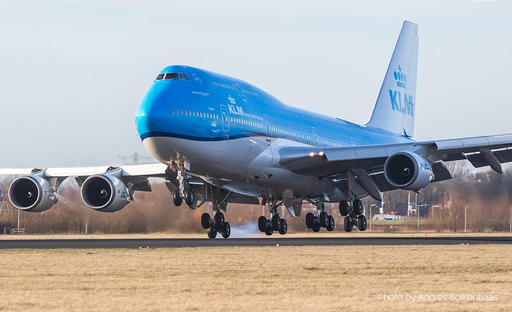 Persbericht -  KLM bereikt historisch akkoord met bonden.