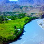 Beautiful villages f #chitral n bless by amazing landscaps #ColorsOfPakistan http://t.co/q2Icqh64ya""