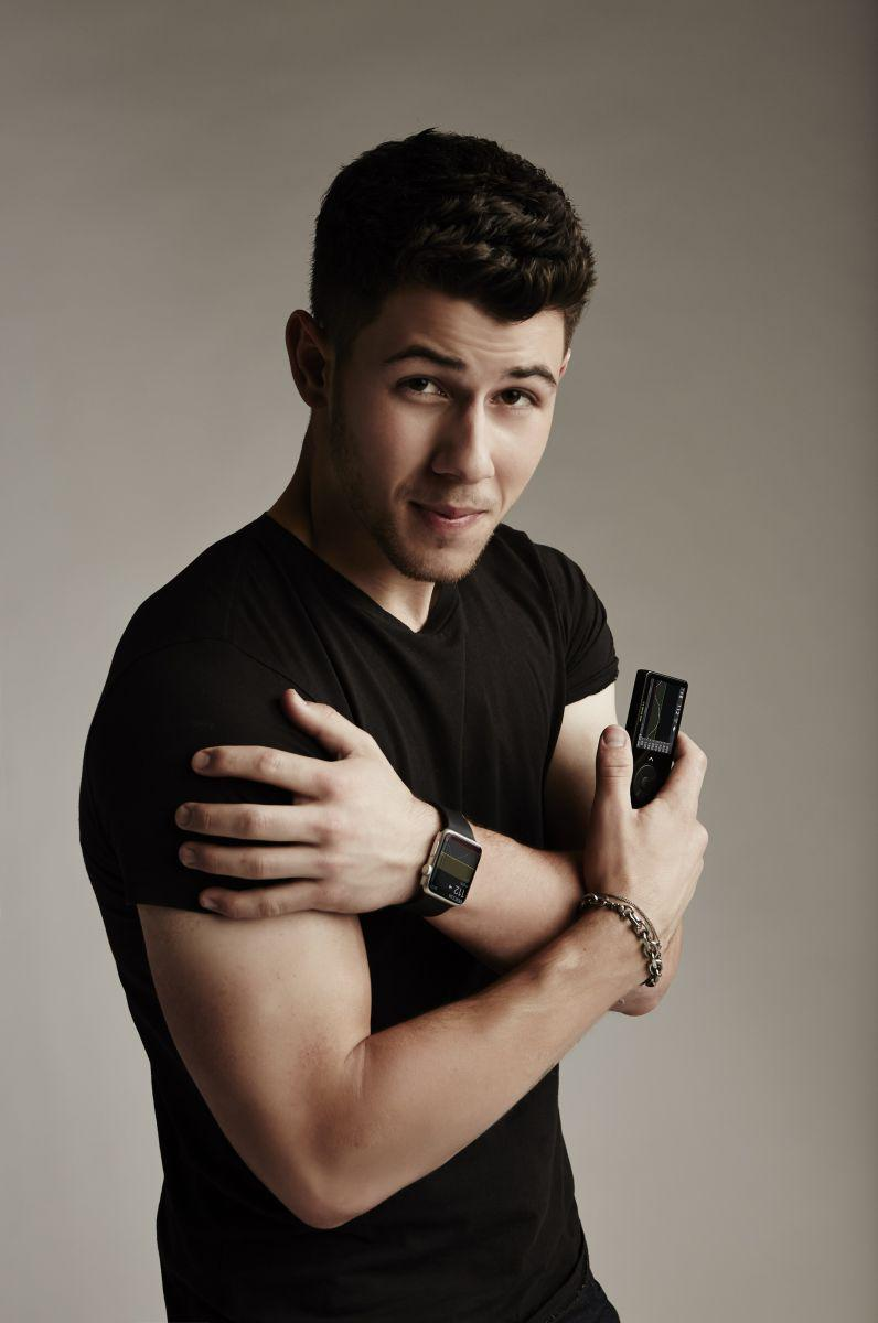 .@nickjonas talks about his life w/ #t1d+@Dexcom #CGM. Check out our great interview! http://t.co/rZWzniGHUP http://t.co/5ZYXSufcTX