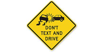 In 2014 3K+ people were seriously injured in TX due to #DistractedDriving. Put your phone away when behind the wheel. http://t.co/G0PsSVrWqG
