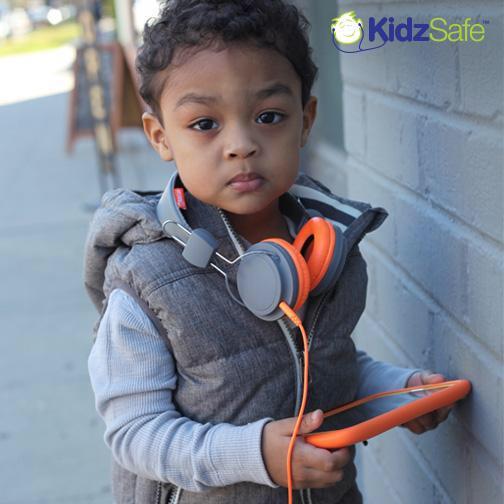 Little Fiddy for @Kidzsafe ???? give them a FOLLOW #SMSAUDIO #FRIGO http://t.co/gWPixRsIlq