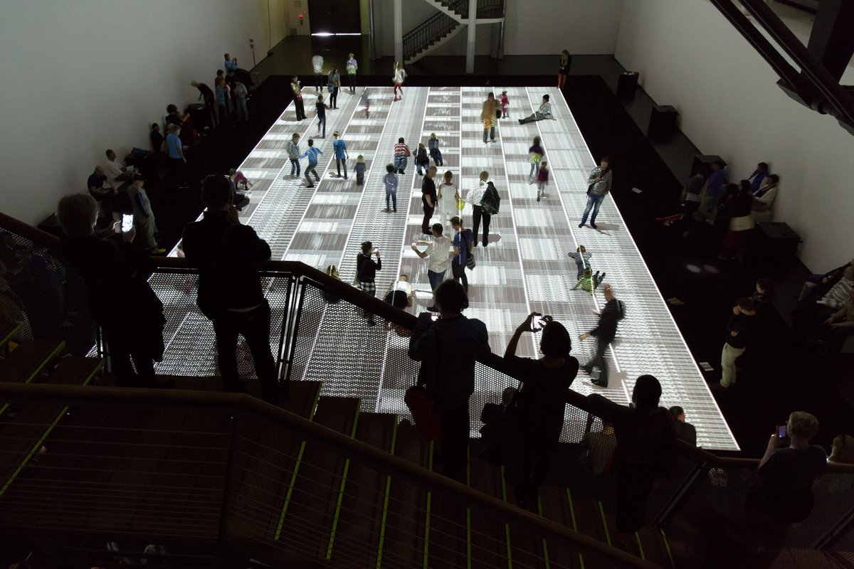 #zkmglobale HEUTE in der Globale-Lounge um 6: »RYOJI IKEDA - Zwischen Kunst und Wissenschaft«: http://t.co/GsIPs412Kr http://t.co/NAAxaa7W6j