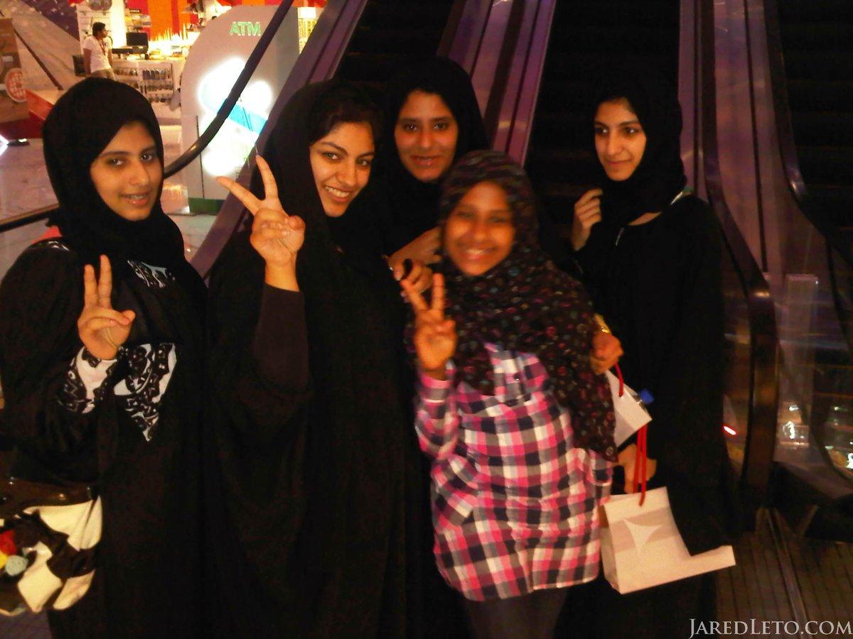Kool Kidz - Abu Dhabi. #fbf #NFTO http://t.co/b6I0z0Rw7U