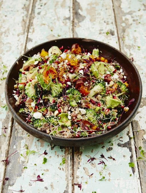 Morning guys #Recipeoftheday is my Superfood salad. With quinoa & roasted sweet potato. Enjoy! http://t.co/1lE0Gvfdh8 http://t.co/hKCqx2MWyp