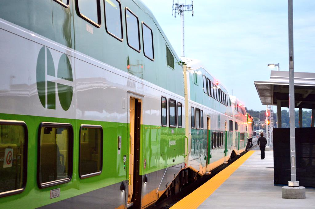 @cityofhamilton: The first @GOtransit train has pulled out of the new West Harbour GO Station! #HamOnt http://t.co/teWV7ebAXk