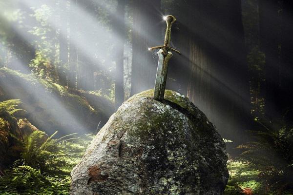 Kral arthur ve excalibur efsanesi