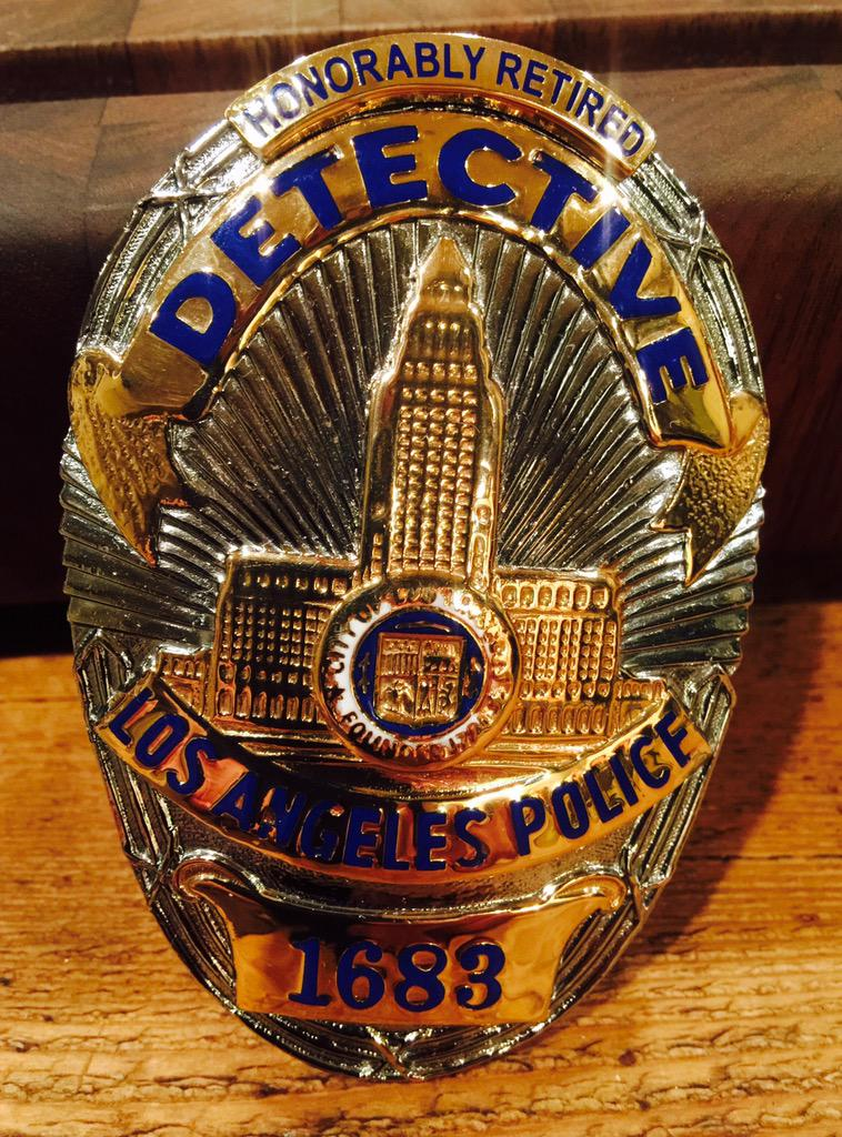 #WhyIWearTheBadge  Knowing I made a difference.   In my heart for 33+ Yrs. @LAPDHQ @LAPDChiefBeck  @ChrisCuomo http://t.co/O7zDcTVYsy