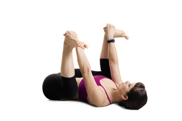 See ya later, hip pain. We're fighting you with these 5 opening yoga poses: http://t.co/Jgm9MDc57B http://t.co/jeBplqftJh