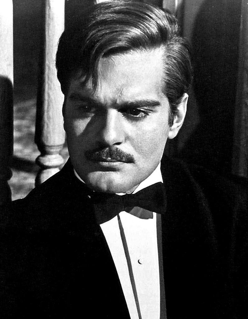 Thank you #OmarSharif - thank you for your intelligence, elegance & style. you made an indelible mark on cinema #RIP http://t.co/mxV7WRxnDH
