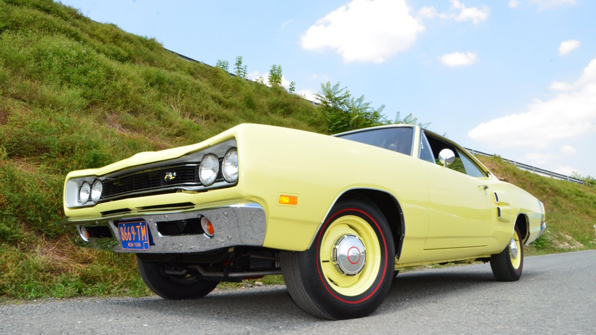 Look at this beauty coming to #Mecum #Harrisburg. Share a pic of your classic w/@StateFarm using #StateFarmClassics! http://t.co/IvlVxEMJ4A