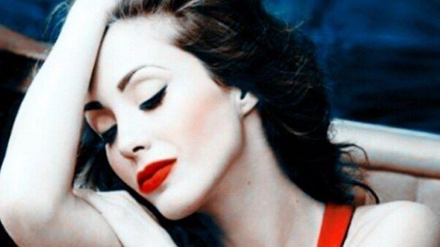 ¡@Anahí regresa rumbeando a la música! http://t.co/V7MP1njfLX http://t.co/OQl24bRvCM