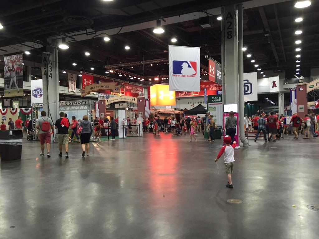 Made it #ASG #FanFest #VoteCueto http://t.co/1NWFMAjjpr