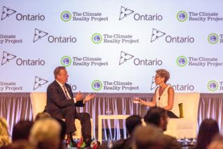 Thanks @Kathleen_Wynne for joining @climatereality today & your great work on solving the climate crisis! #CRinCanada http://t.co/lCb7lxhCNQ