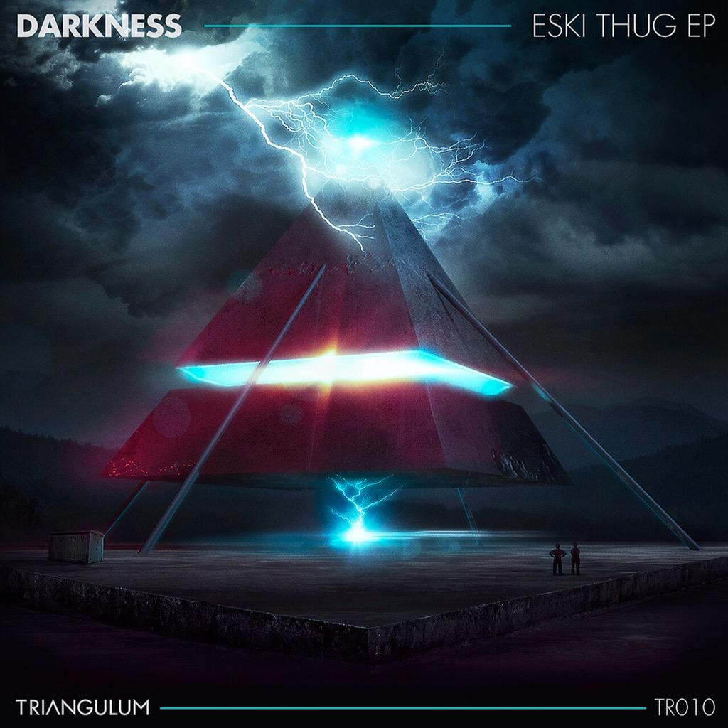 Eski Thug EP out on the 21st of August on Triangulum Recordings. The EP will be in all good digital music stores http://t.co/psDvEeioiX
