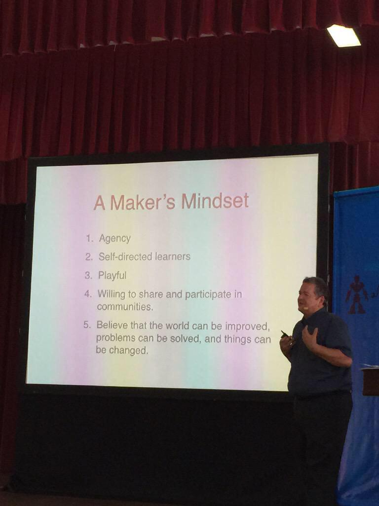 The Makers Mindset as seen in the presentation by @dalepd from @make at #MakerFaireSingapore (photo by @JamshedWadia) http://t.co/dgImB8l4gC