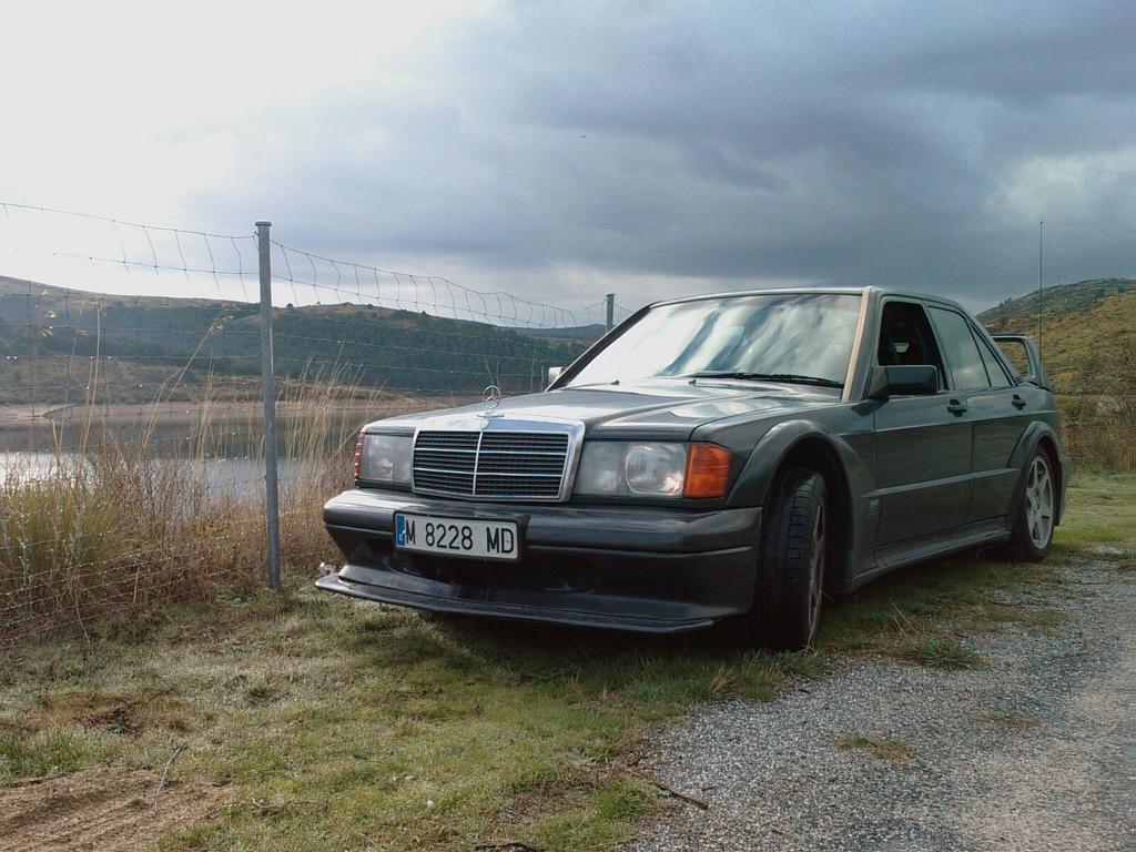 Han robado el Mercedes 190 Evolution II de un amigo,  unidad 114. Difundidlo al máximo,  por favor. http://t.co/4Pt6hBx8BV