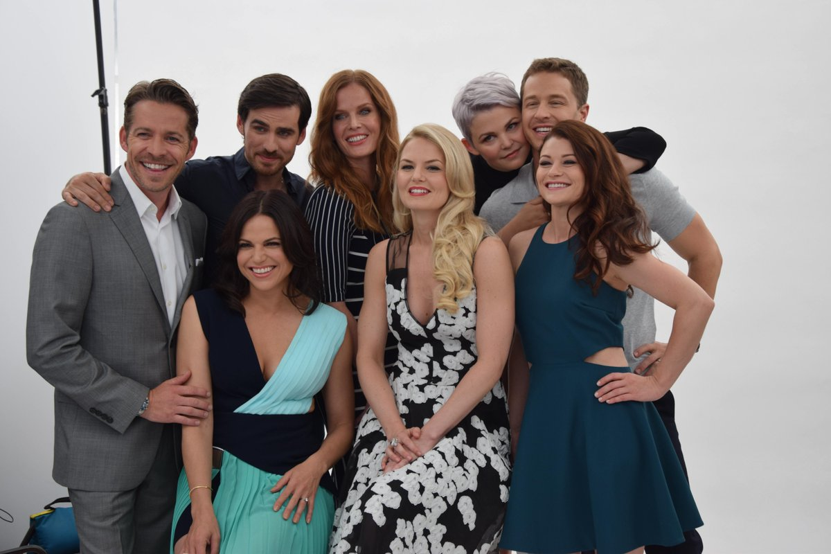 The cast of #OnceUponATime looks magical this morning on the #TVGMYacht at Comic-Con. #TVISDCC http://t.co/cxu1aE4OiW