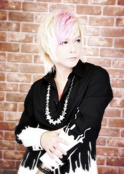 KUROのメイン画像