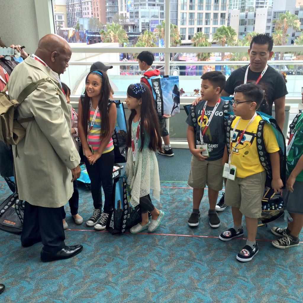 Congressman John Lewis. At Comic-Con. In costume. (Recreating his trench coat and backpack from Selma 50 years ago) http://t.co/T4EHdbKZhs