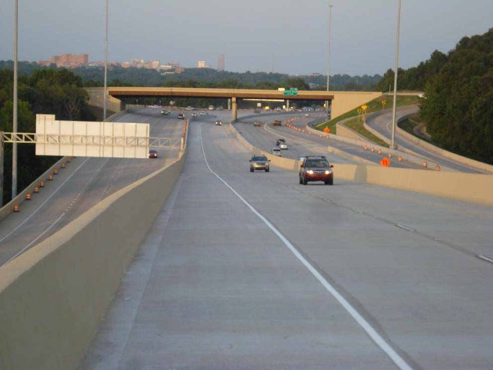 WEST LITTLE ROCK: the flyover carrying traffic from WB I-630 to SB I-430 opened this evening at 8:00 p.m. #artraffic http://t.co/v1QfaqHr5g