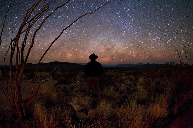 10 incredible parks for stargazing, via @Wilderness: http://t.co/rmUu8tWVxF http://t.co/Yy9gHiunTn