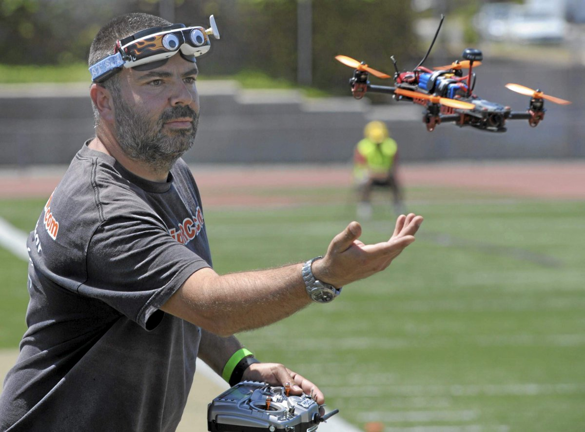 California first: International drone racing competition buzzes North Hills http://t.co/jCfWmRE9Id