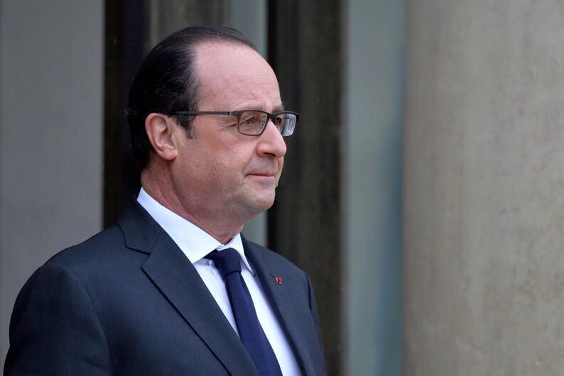 """Pour Die @Welt : """"@fhollande devient le nouvel homme fort de l'Europe"""" http://t.co/a5edOzxV9X #Grèce #NoGrexit http://t.co/LAbwPspihd"""