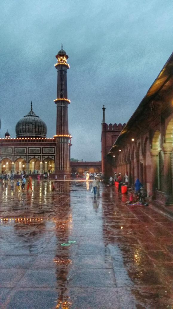 Magnificent  #jamamasjid http://t.co/e0f3JLCIQs