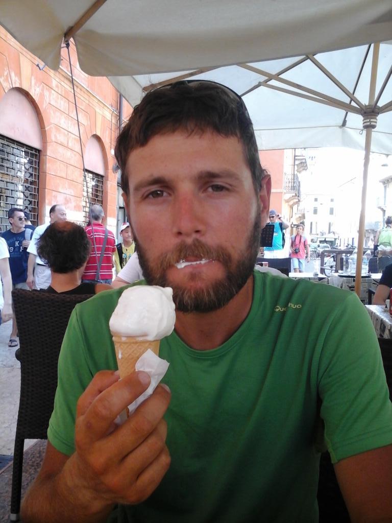 Petite glace a Verone, ville de Romeo et Juliette ;))