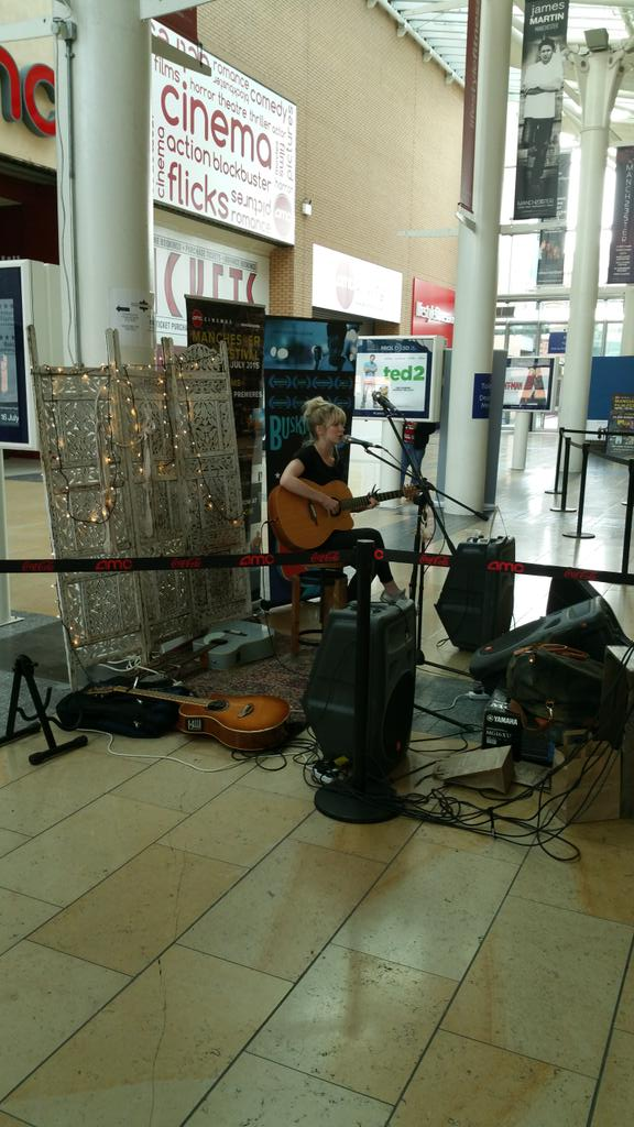 .@YardOnTheEdge in the busking chair today. #ManIFF2015 http://t.co/tP9cXCqOOf