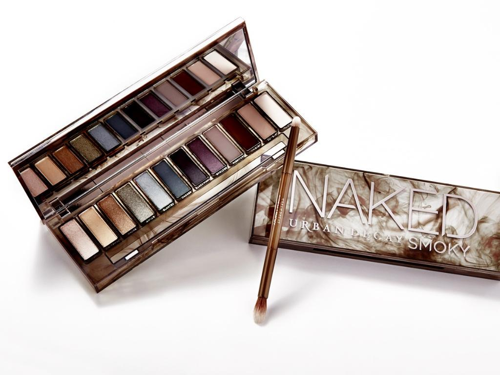 Grab @UrbanDecay's #NakedSmoky palette in stores on 7/16 and online now! http://t.co/ritqqLWEqZ http://t.co/7WD8mLMmJJ