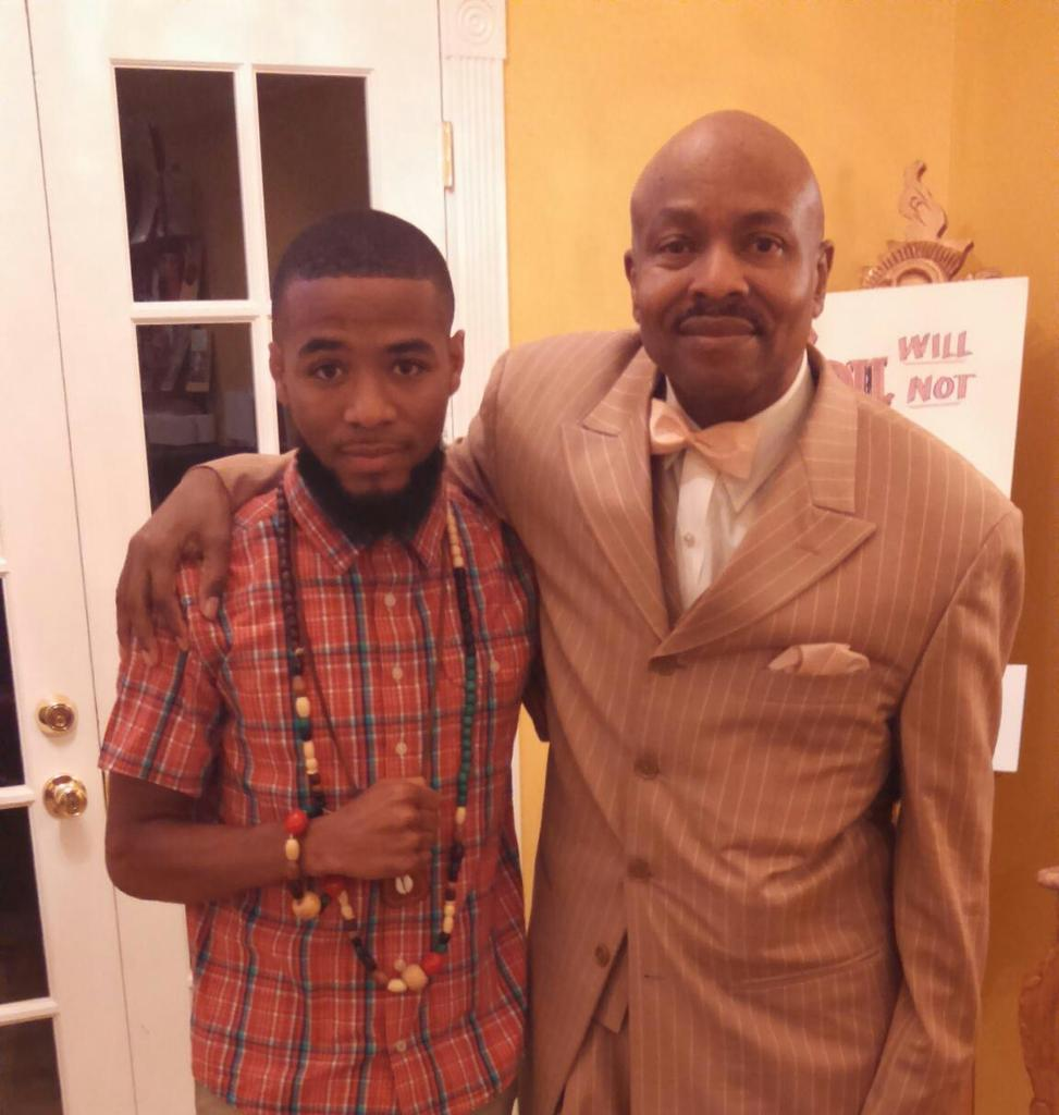 My brother Eric Sheppard joined us at Muhammad Mosque #15 today!! Love & Unity #EricSheppard #Justiceorelse #atl http://t.co/LEvzCpp3LZ