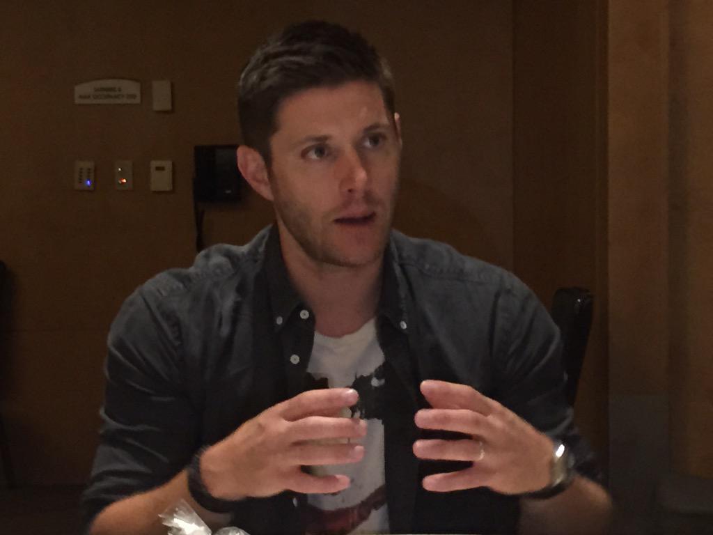 .@JensenAckles  talk directing at #SDCC2015 #SupernaturalSDCC http://t.co/585WUdvlzp