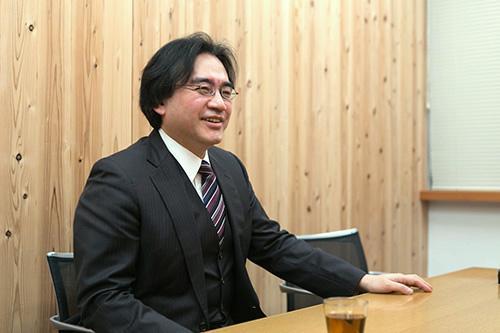 ほぼ日刊イトイ新聞にこれまで掲載された岩田聡さんのコンテンツをまとめました。声が聞こえるようです。笑顔がすぐに思い浮かびます。岩田さん、ありがとうございました。 http://t.co/qKAS6owB19 http://t.co/rnq4imWvFw