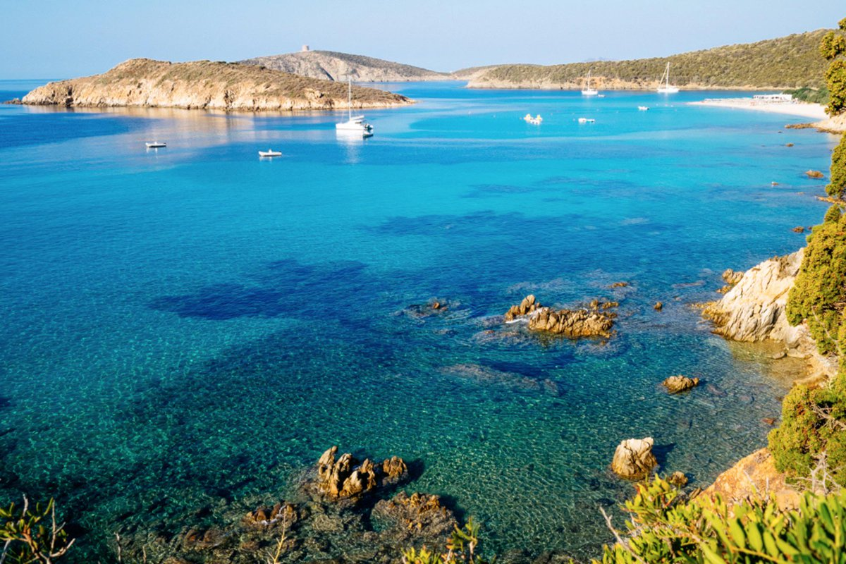 Guide to the Best Beaches in Sardinia http://t.co/66e7rP0inQ http://t.co/q4PANi155c