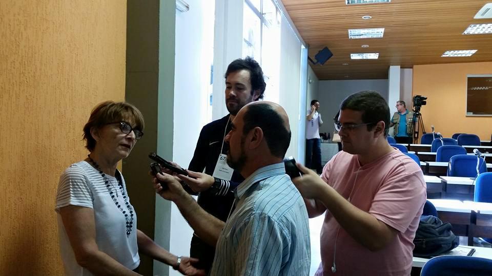"""""""Todo mundo conhece São Carlos, que agora recebe o maior evento científico da América Latina"""", Helena Nader #SBPC http://t.co/q6Wj0VGgaj"""