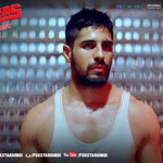 RT @foxstarhindi: Out to prove a point. Out to conquer his loneliness. Out to believe in himself. @S1dharthM as Monty in @Brothers2015