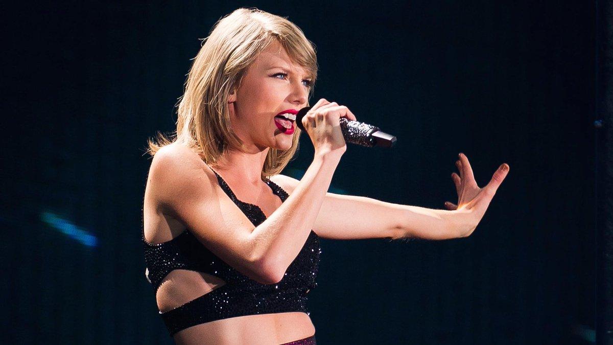 Watch Taylor Swift and Nick Jonas Sing