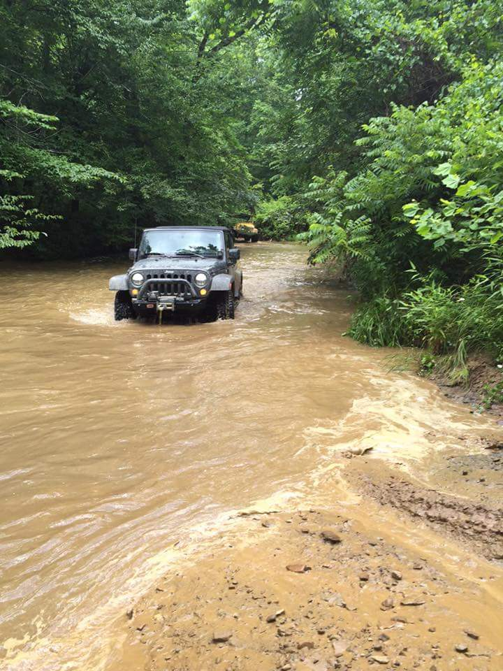 Our car washes don't involve a hose. #MuddyMonday (Photo cred: Adam R). http://t.co/trmmkgFcq1