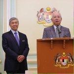 Dulu takbir rela mati pertahan Anwar.  Kedian nangis minta ampun kat Mahathir.  Kini dilantik TPM.  Tahniah, sahabat! http://t.co/mvlqq1OE0o