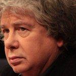 Mauricio Weibel: En los 90 Fernando Villegas se burlaba de los detenidos desaparecidos http://t.co/McPzWarOe8 http://t.co/8NWVVxJyxT
