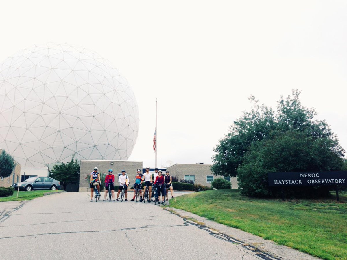 Haystack Observatory. @ridestudiocafe @rapha  #womens100 http://t.co/kFvnw1gyWt
