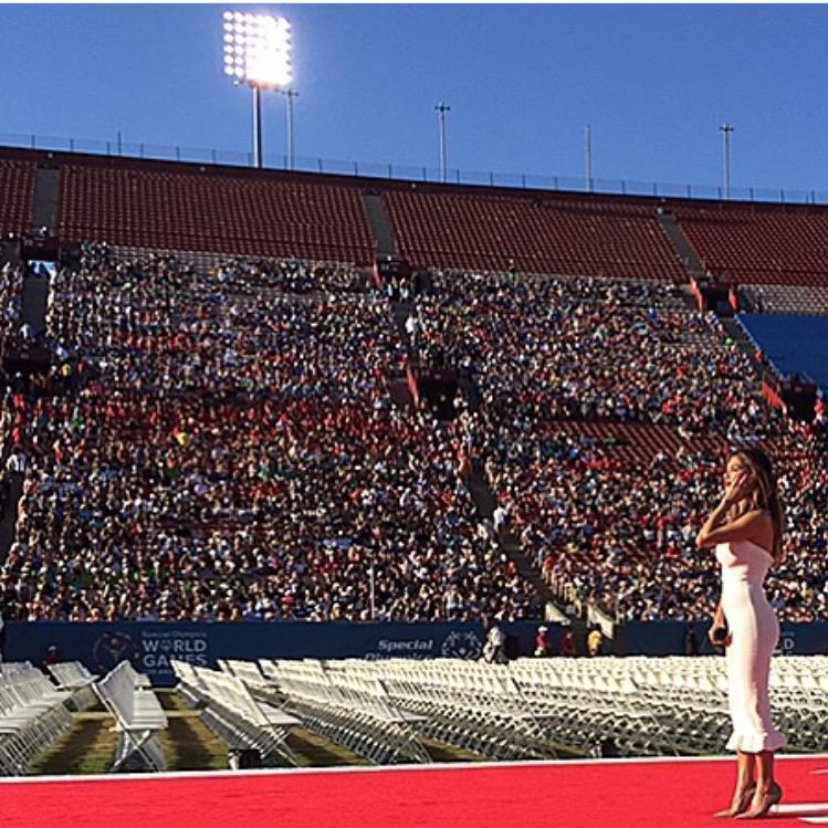 So grateful to be a part of the @SpecialOlympics opening ceremony! A beautiful event so close to my heart. #ReachUpLA http://t.co/hhJrT7N1jk
