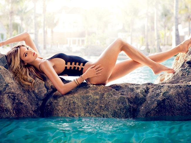 How did having scoliosis affect @iammarthahunt's #modeling career? http://t.co/YeFbZ7Nl2e http://t.co/InzDUlWY77