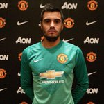 BREAKING: Were pleased to announce Argentina goalkeeper Sergio Romero has signed on a three-year deal #WelcomeRomero http://t.co/rnFiZXvoxH