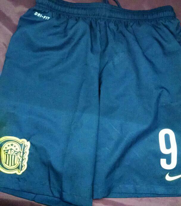 Diego Brancatelli (@diegobranca): ATENCION Canallas !!! Seguí a @FutbolPermitido hacé RT con el HT #FutbolPermitidof18 y ganate el short de Marco Ruben http://t.co/Kv7Tesgx57